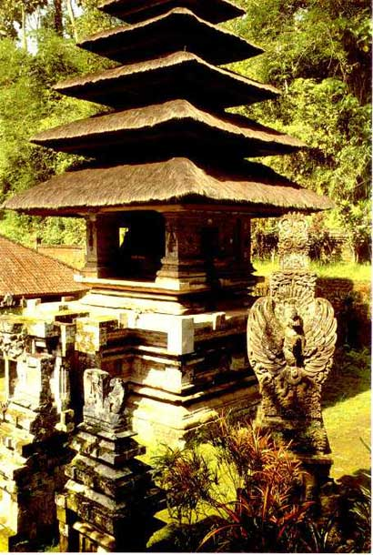 The Pura Yeh Gangga at Perean, dating from Majapahit times.