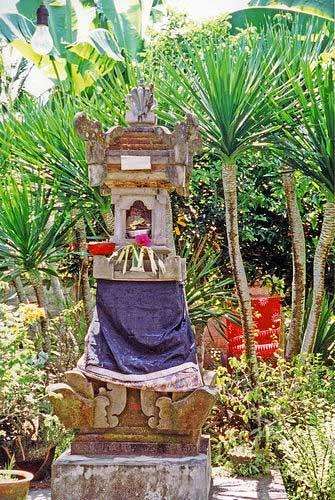 Sanggah Pengijeng Karang shrine