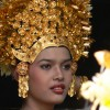 Your Weekly Dose of Beauty: Balinese Girls and Their Headdreses