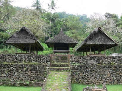 Links to the Past – Bali Aga