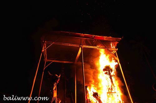 pelebon-cremation