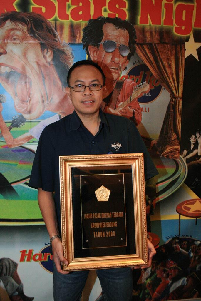 tax-award