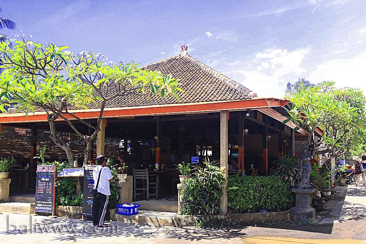 Bintang Bali Beach Front Sport Bar & Restaurant