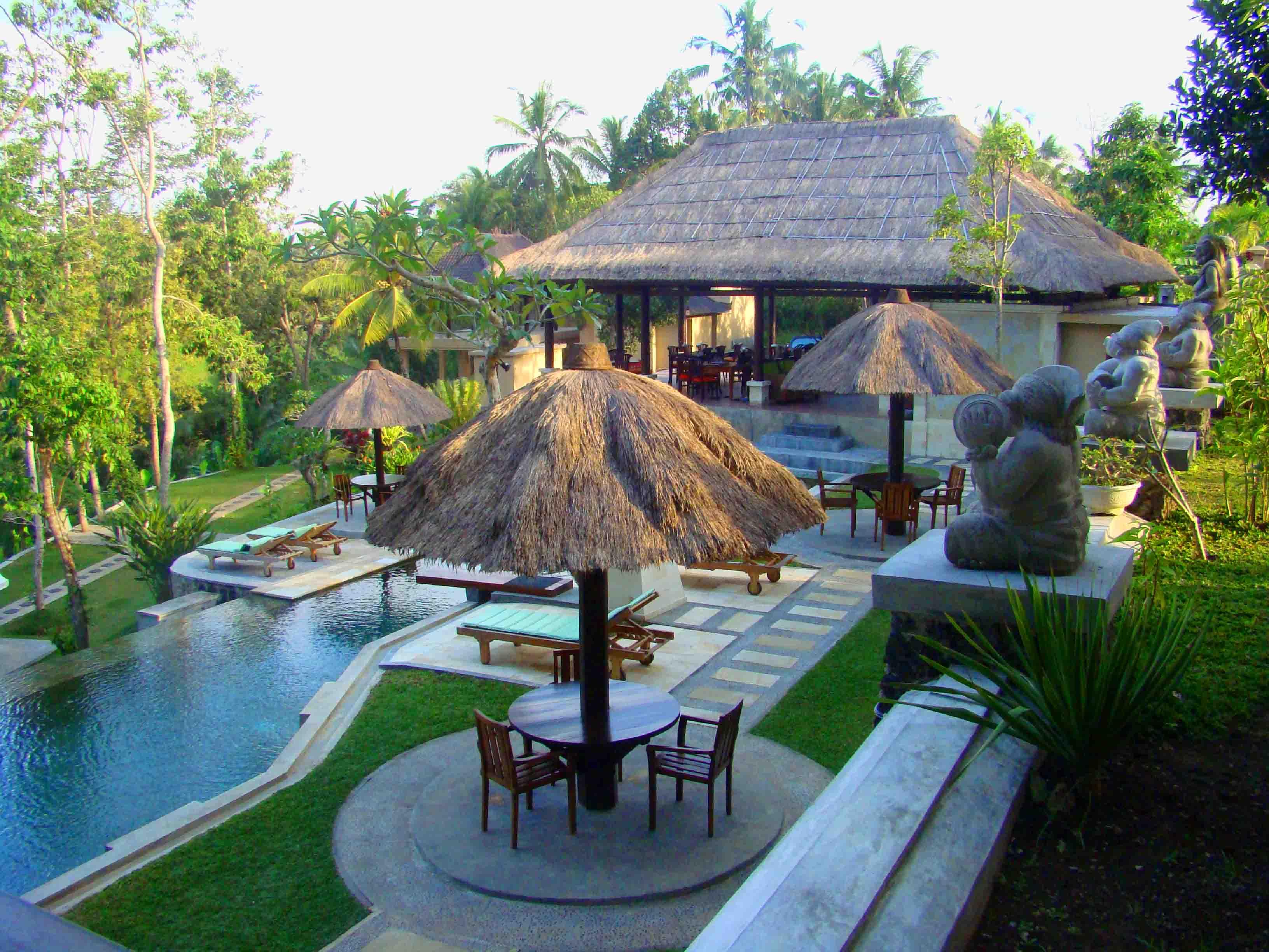 Beji ubud resort bali hotel villa blog culture travel for Garden pool villa ubud village resort